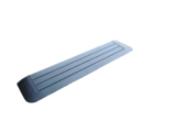 Rubberen drempelhulp 25mm x 200mm x 900mm met schuine zijvlakken (2,5 cm)