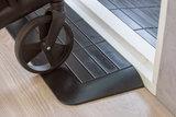 Rubberen drempelhulp 75mm x 600mm x 900mm met schuine zijvlakken (7,5 cm)